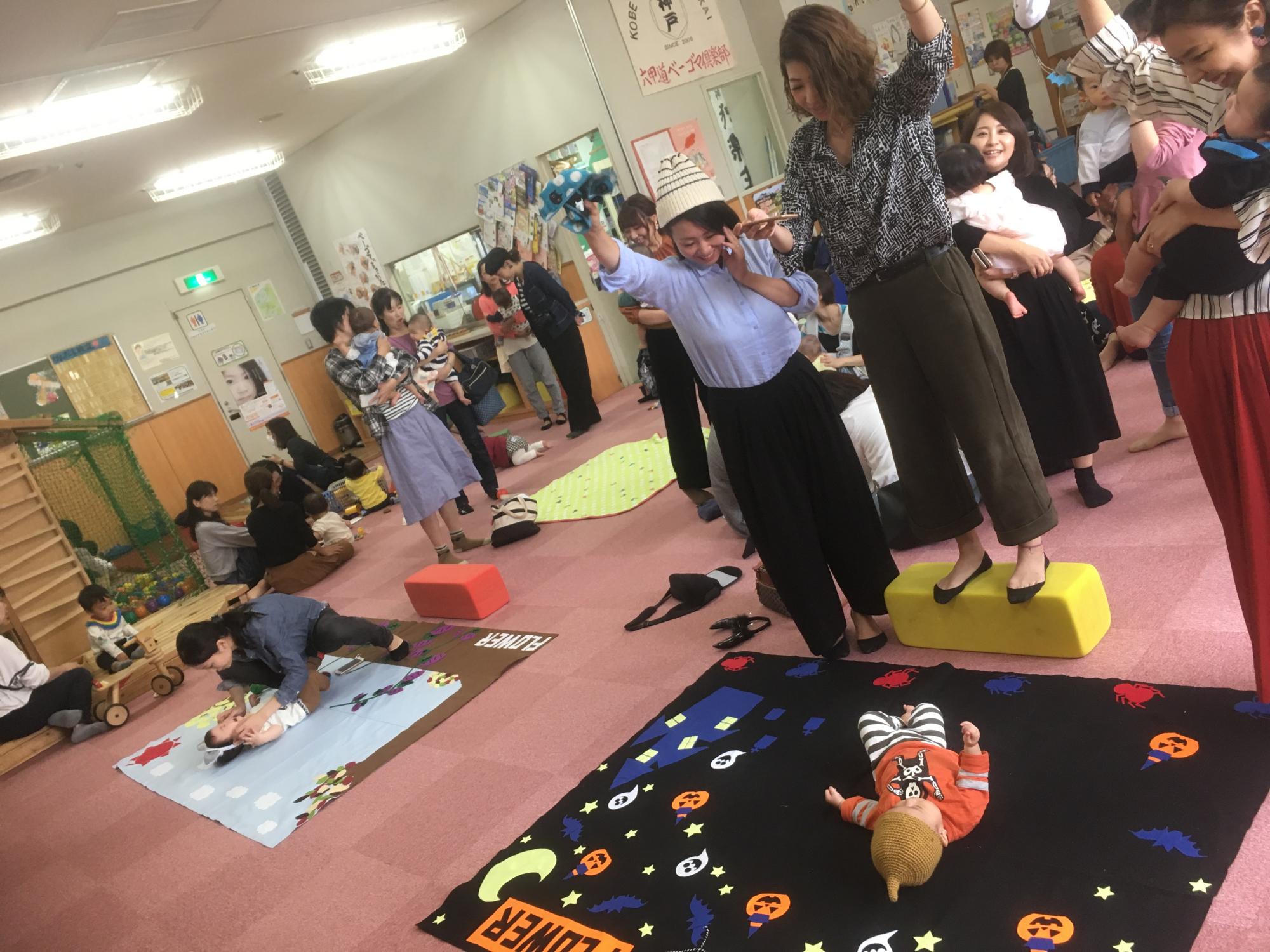神戸市立六甲道児童館「赤ちゃん寝相アート」