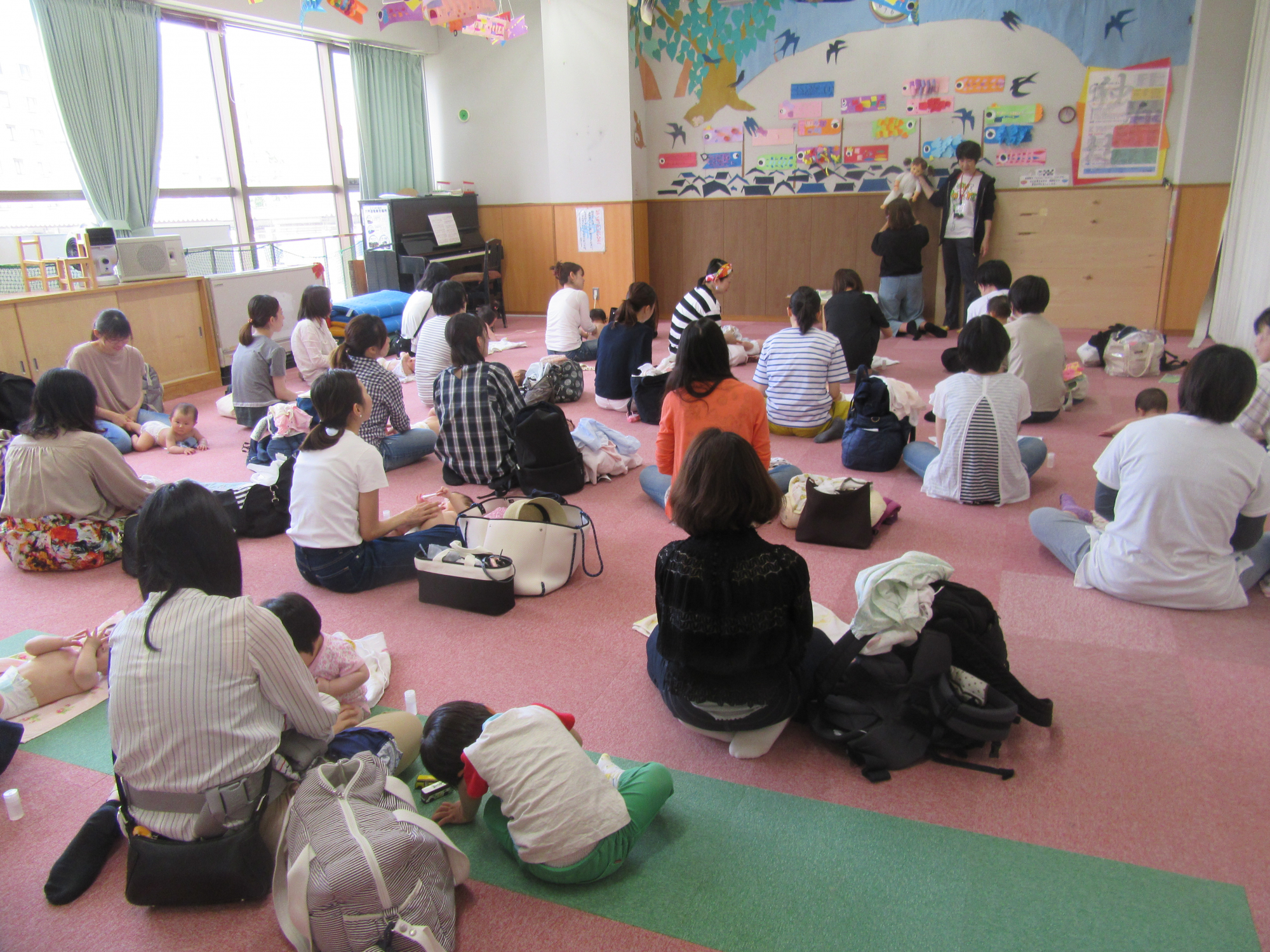 神戸市立六甲道児童館「あかちゃんベビーオイルマッサージ(2~12か月程度)」