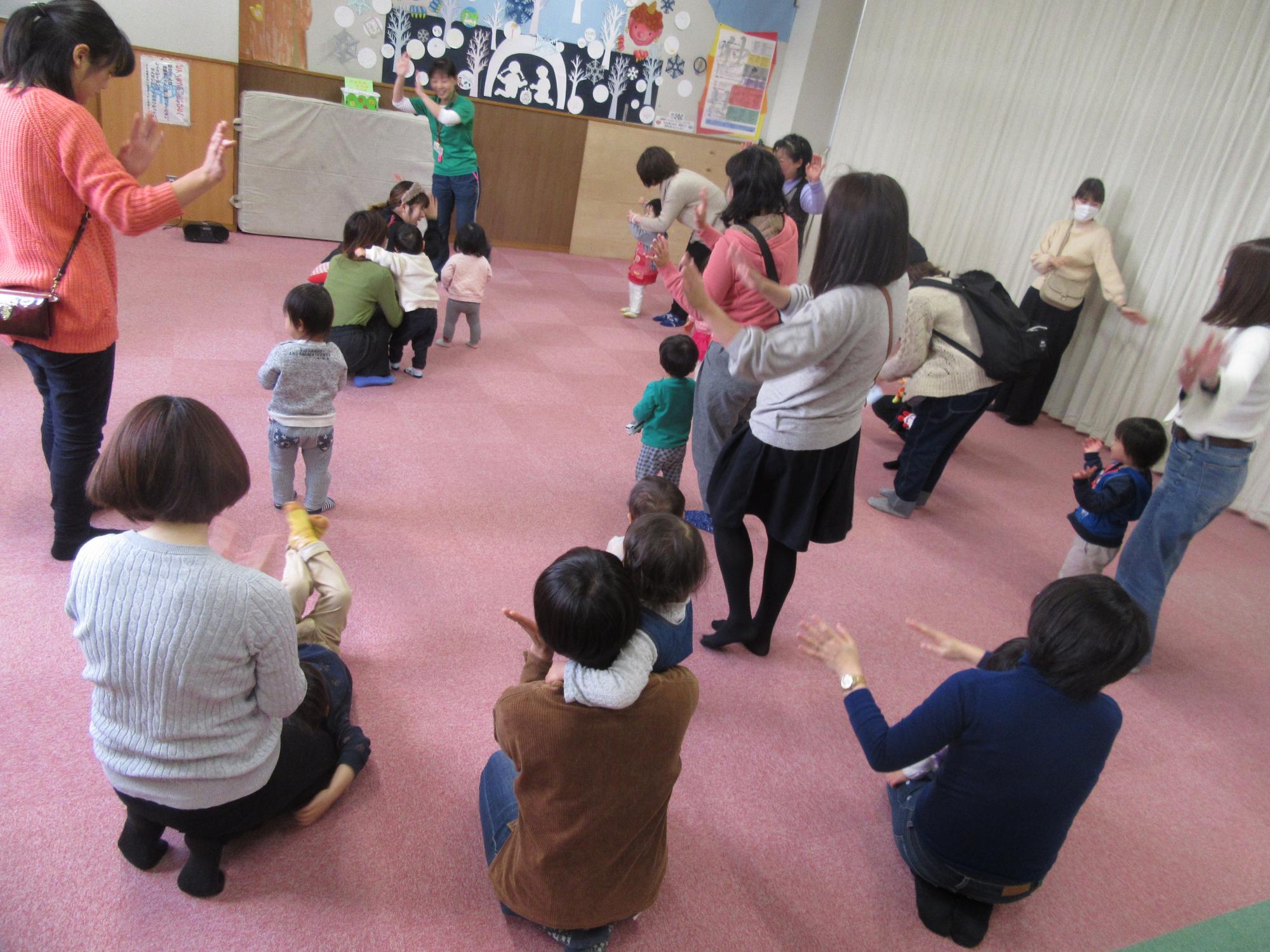 神戸市立六甲道児童館「1月のそよかぜ広場」