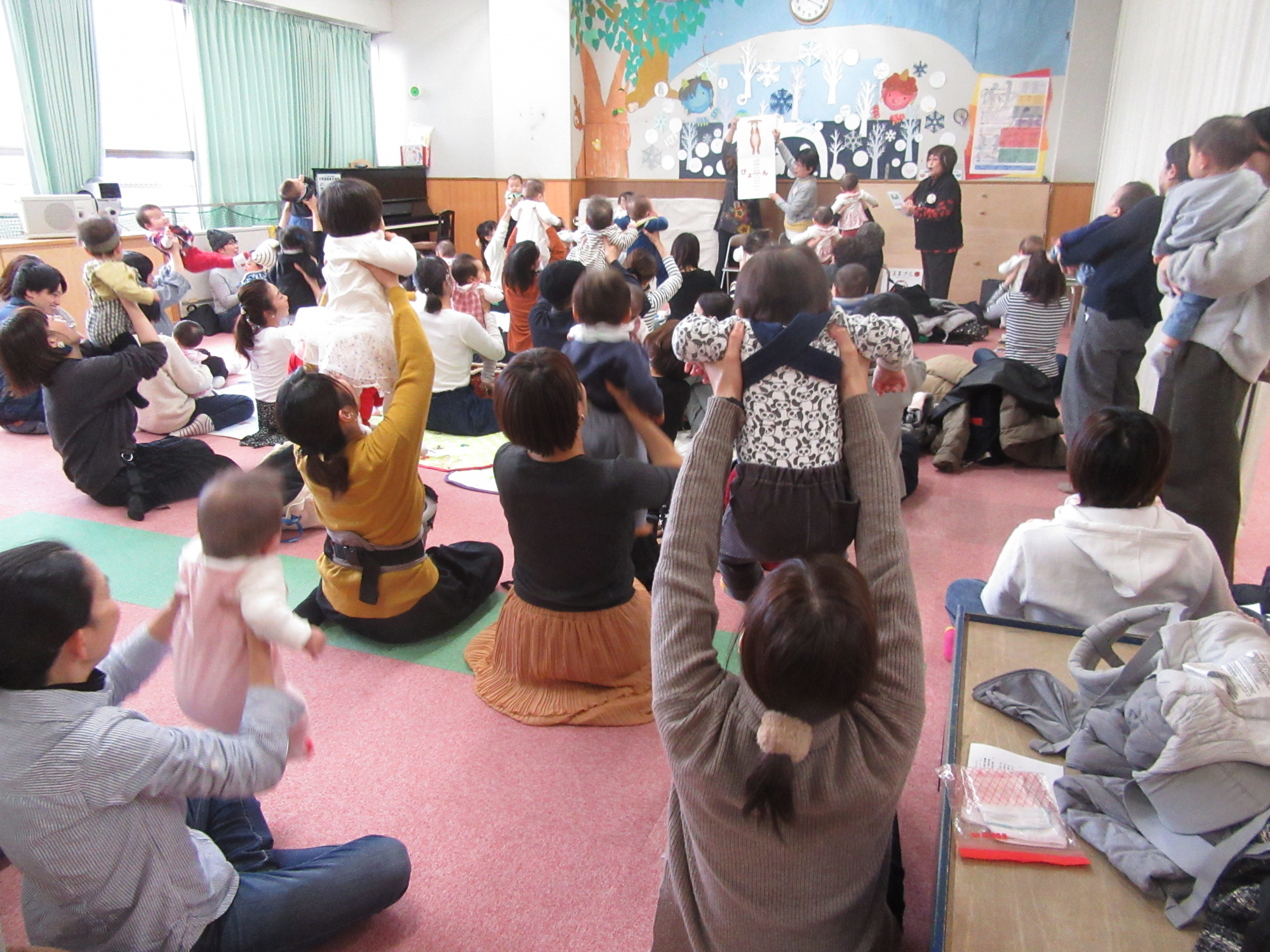 神戸市立六甲道児童館「赤ちゃん絵本講座」
