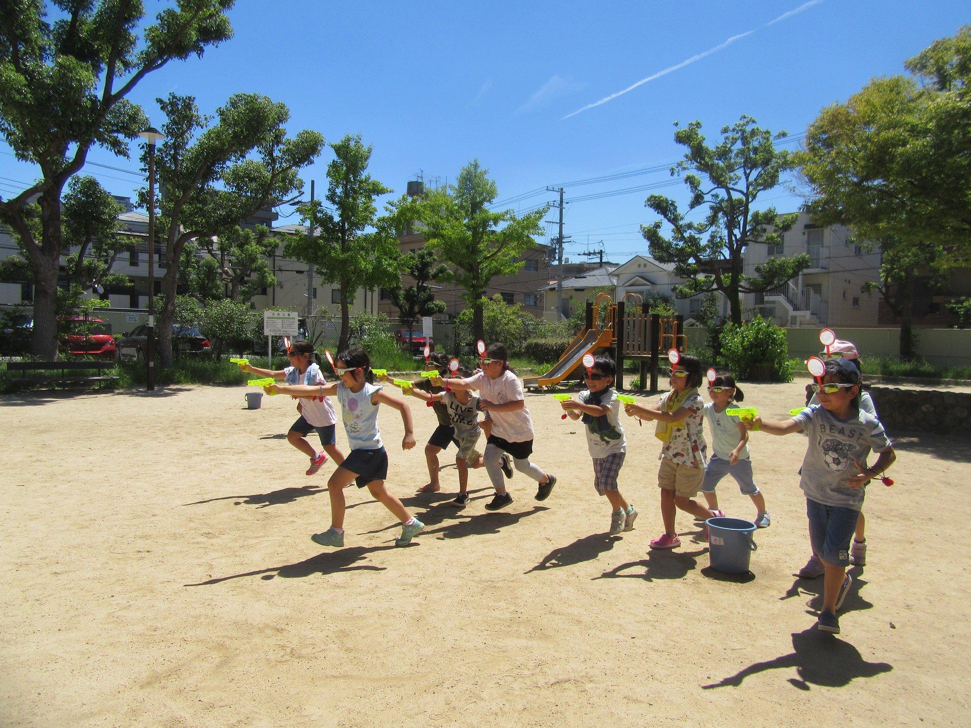 神戸六甲道児童館『水鉄砲バトルin2019』