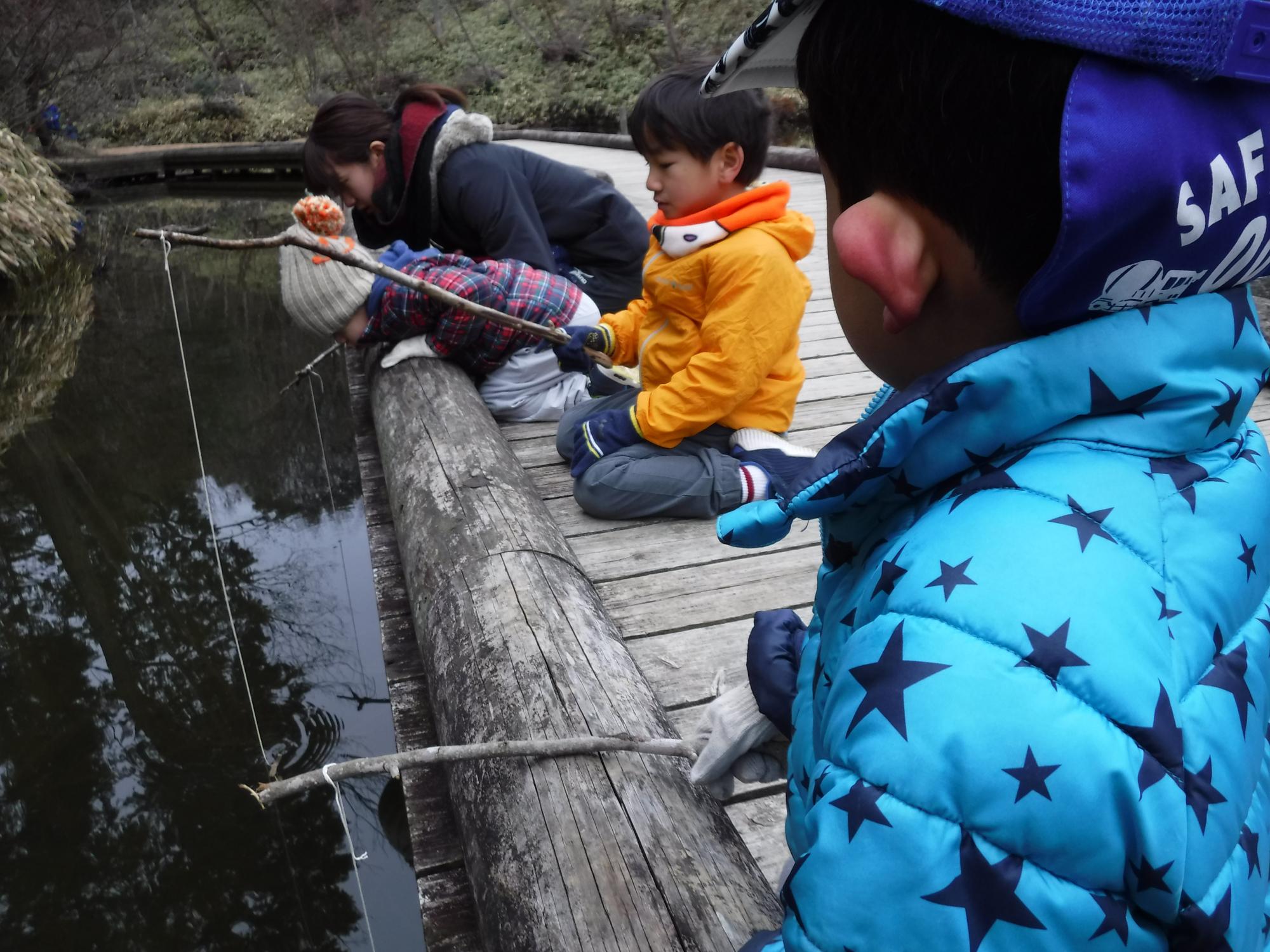 2月9日土曜キンダー 冬にザリガニは釣れるのか!?