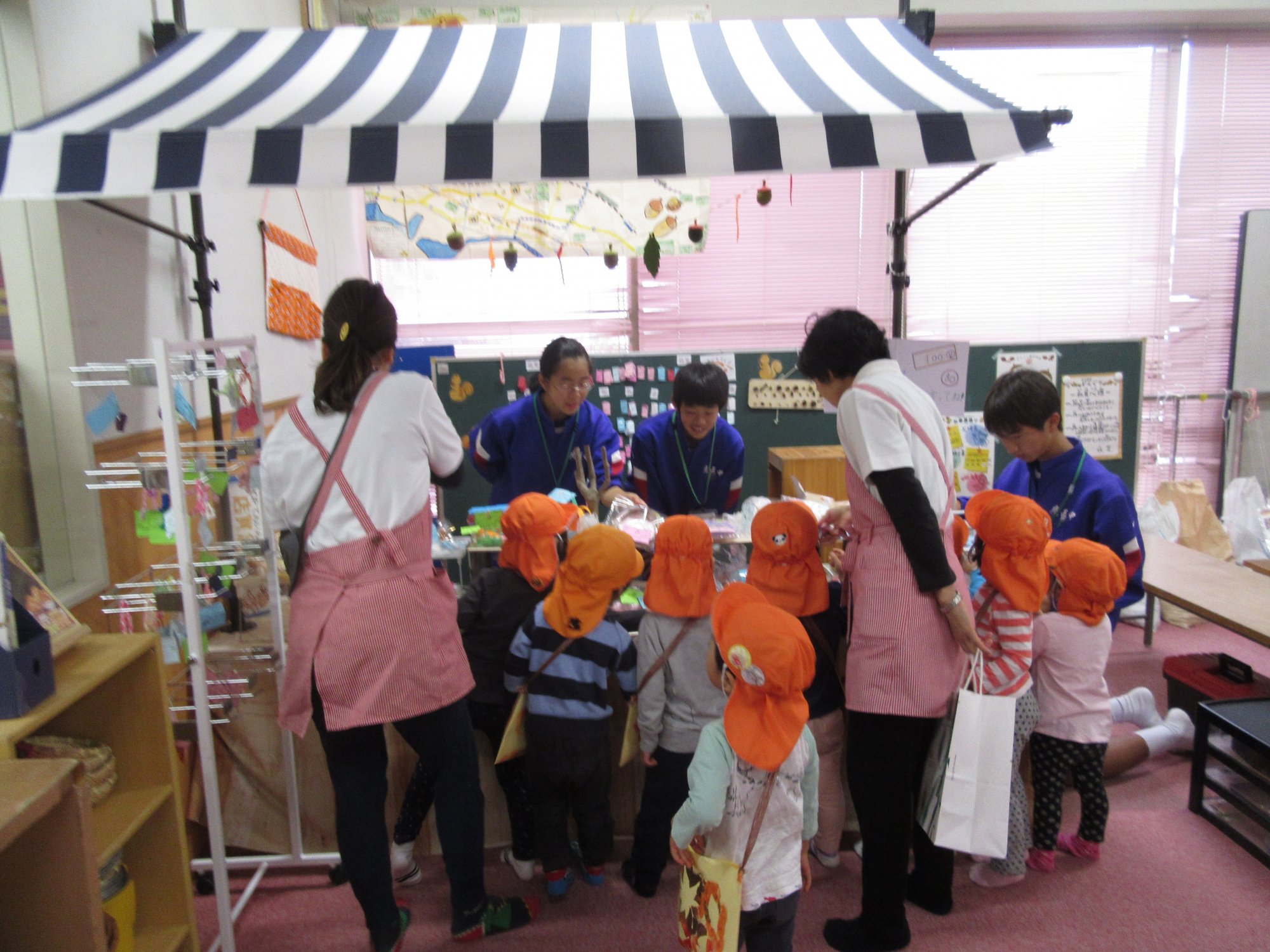 神戸市立六甲道児童館「どんぐりマーケット☆貿易☆広がるつながり」