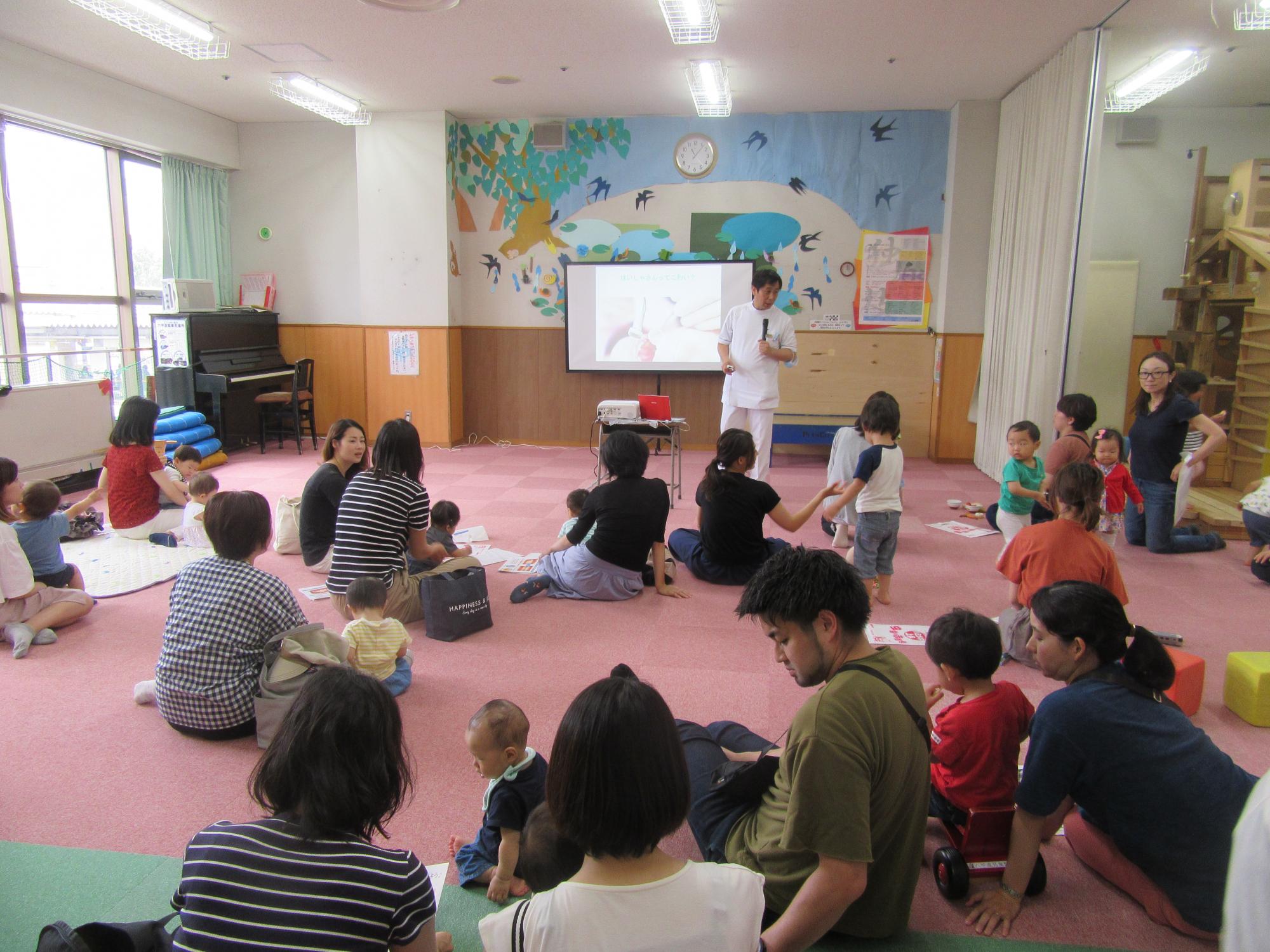 神戸市立六甲道児童館「乳幼児さん向け歯科講座」